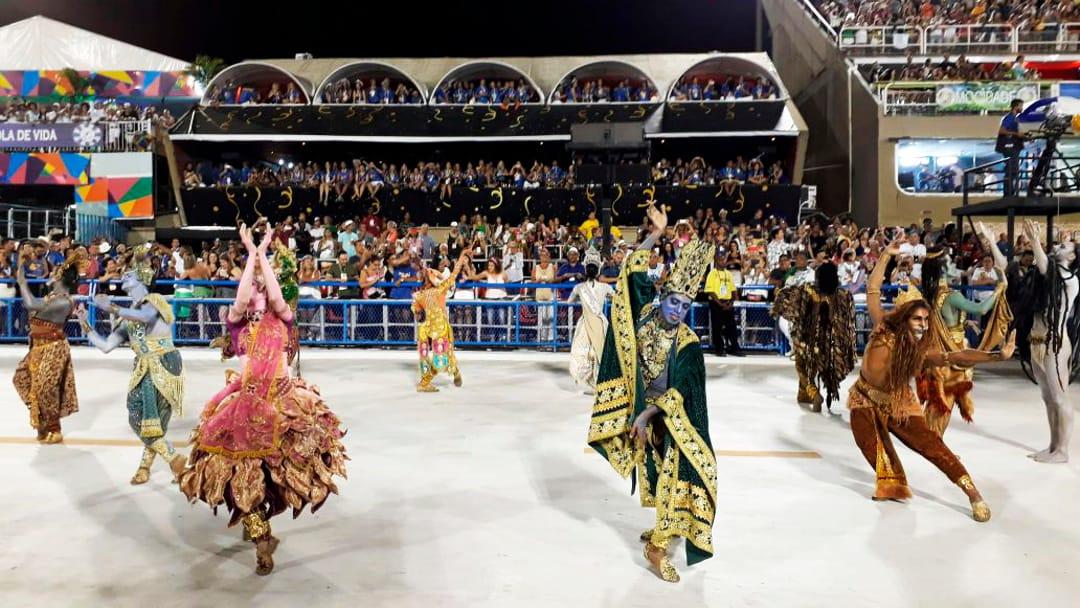 Spektakel Met Carnaval In Rio De Janeiro