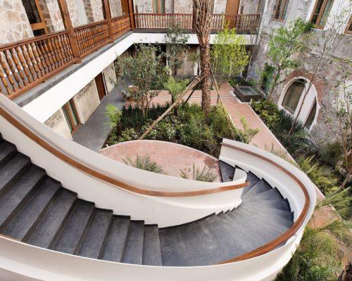 Patio Van Cartesiano Luxe Hotel In Puebla