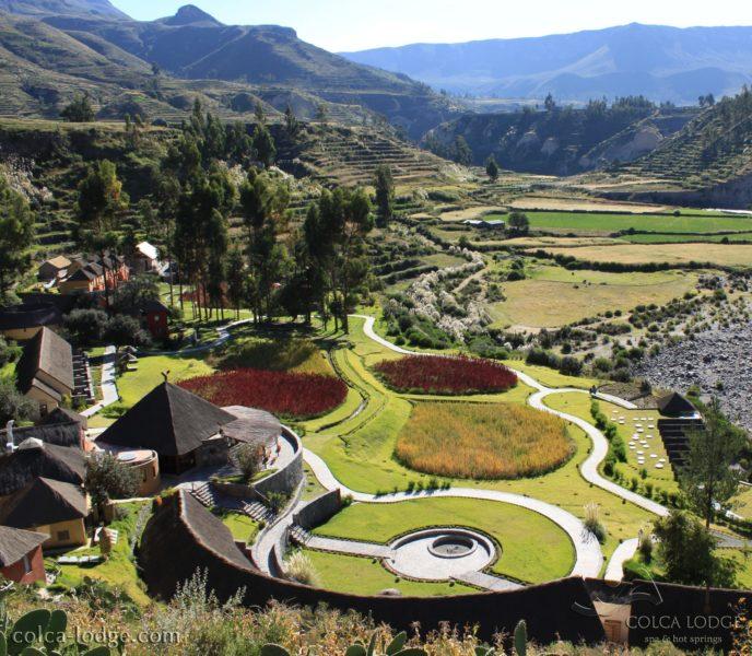 Panoramisch Uitzicht Op De Colca Lodge In Peru