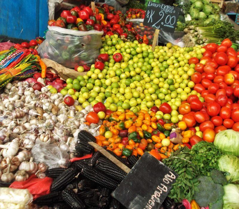 Lokale Markt In Peru Met Groente