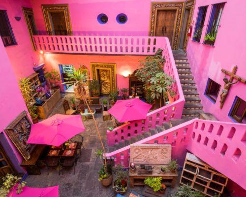 Patio Hotel Meson De La Sacristia