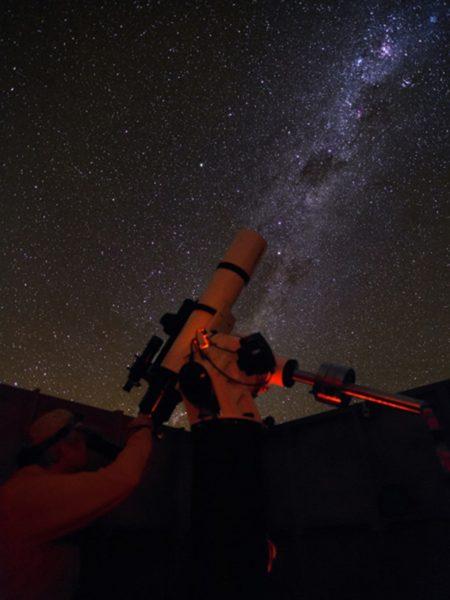 Bewonder De Sterrenhemel In Atacama