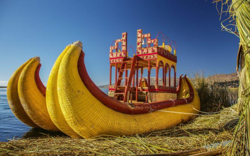Totora Boot Op Het Titicacameer