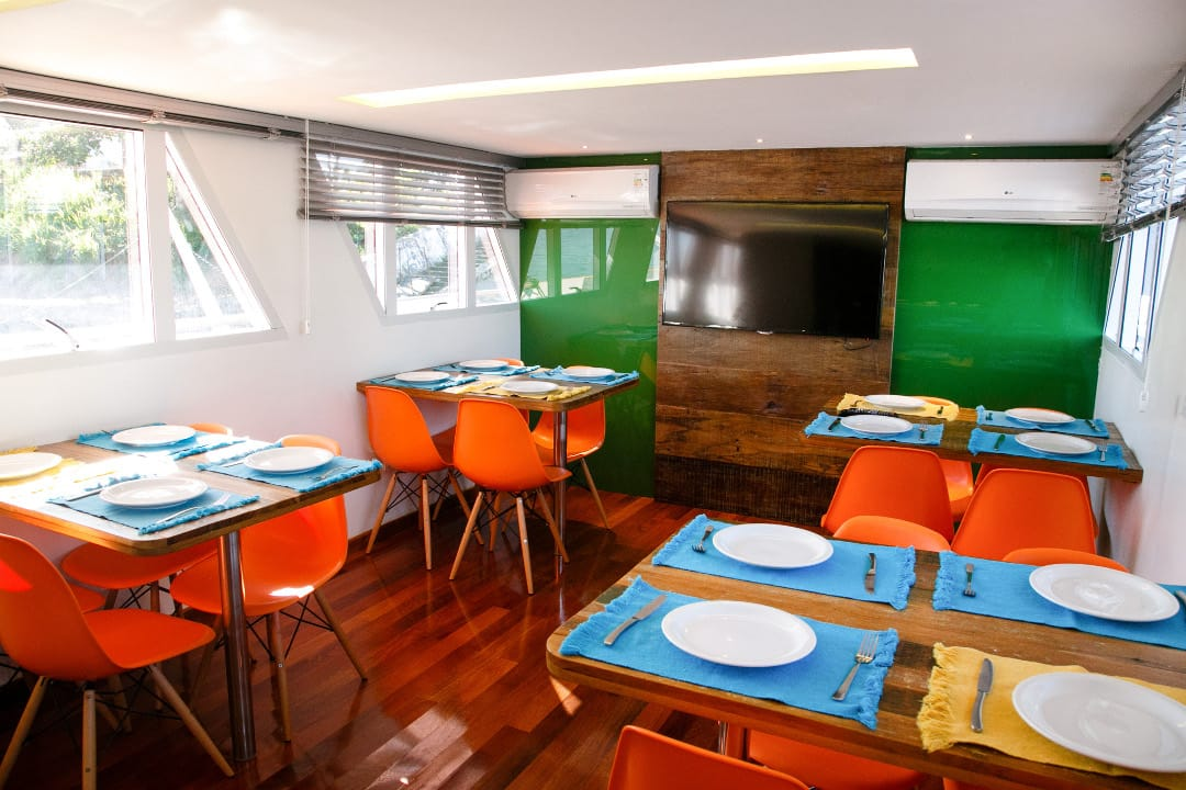 Brazilie Pantanal Jaguar Cruise restaurant