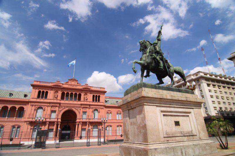 Buenos Aires Plaza De Mayo