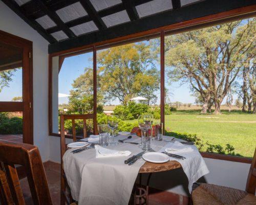 Luxe Lodge In Esteros Del Ibera Restaurant