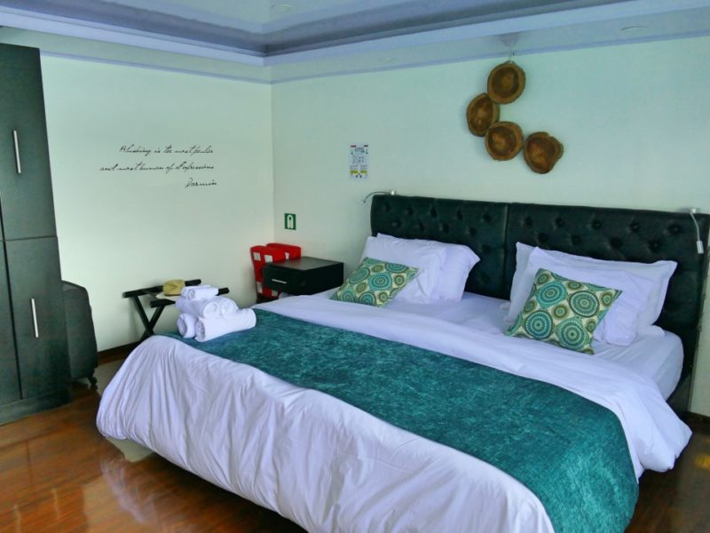 Luxe Galapagoscruise Petrel Deluxe Cabin