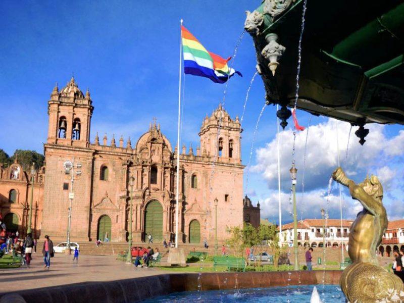 Peru_Cuzco_Plaza_Armas