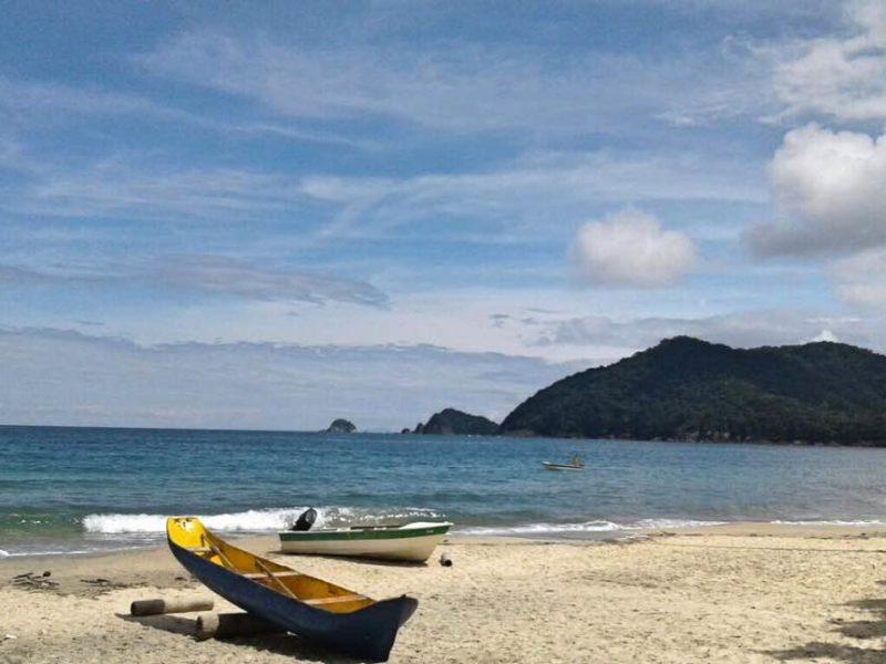 Kayak Op Het Strand Van Paraty In Brazilië
