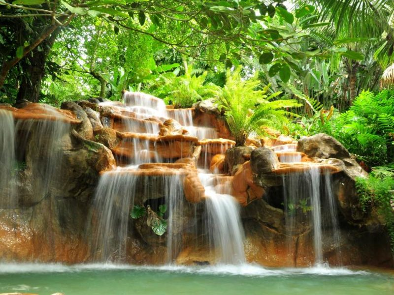 Tabacon Hotsprings In Arenal Nationaal Park
